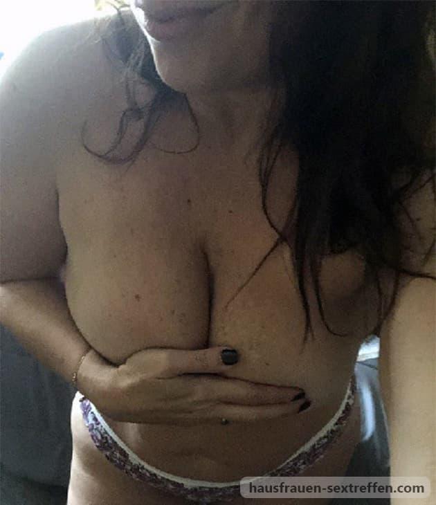 Natürliche Brüste sind die geilsten Titten